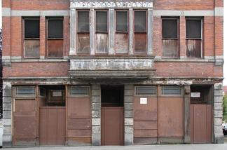废弃的建筑立面